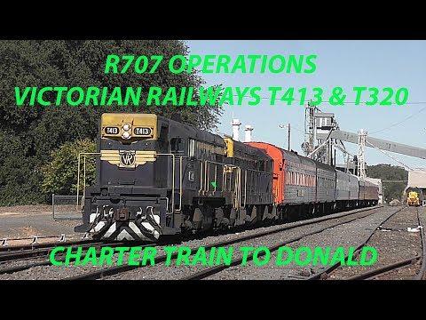Australian Trains - Victorian Railways T320 And T413 Passenger Train To Donald