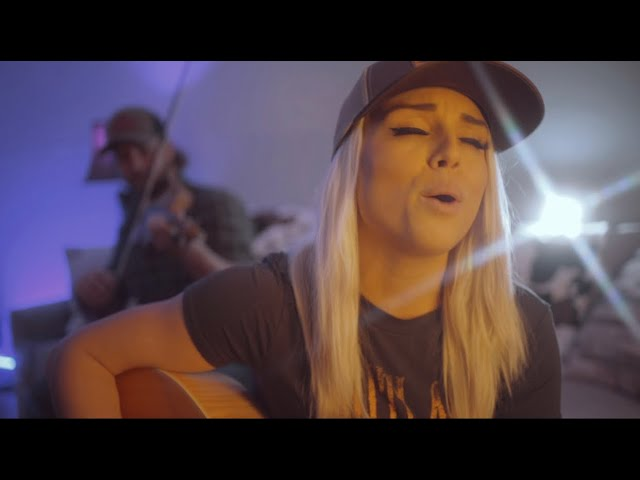 "Royale Lynn Covers Cody Johnson's ""Me and My Kind"""