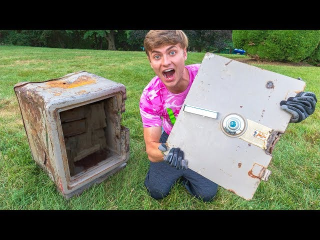 I CUT THE SAFE DOOR OFF!! (COPS CALLED)