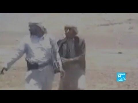 أصوات الشبكة | يمني يسلم ابنه المشتبه بارتكابه جريمة إلى أهل القتيل فيعدمونه أمامه