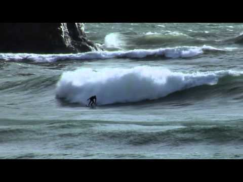 Surfing in the Great Lakes – Red Bull New Wave