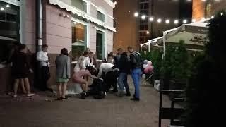 Драка на свадьбе возле Янтарной кошки, Чернигов.