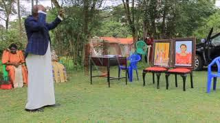 OKUKUZA AMATIKKIRA: Ab'e Buluuli tebalekeddwa mabega