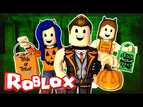 Roblox Halloween - TRICK OR TREATING IN HAUNTED CREEPY HALLOWSVILLE!   ItsFunneh