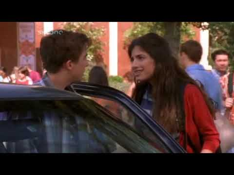 Malcolm in the Middle - Malcolm regains his popularity (S4Ep02)