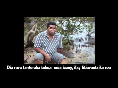 Rava (Official - Parole)