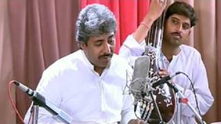 Ustad Rashid Khan singing Raag Desh [Nadaan Jiya Re Gum Gayo Re]