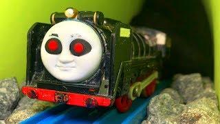 きかんしゃトーマスプラレール おばけ電車 ヒロがトンネル線路を走る!ハロウィン ねんど Thomas&friends ghost train thumbnail