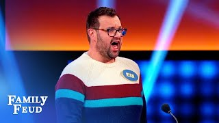 Ryan creates podium PANDEMONIUM! | Celebrity Family Feud