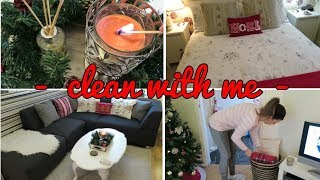 SIMPLE EVERYDAY CLEANING ROUTINE | CHRISTMAS DECOR EDITION | CLEAN WITH ME