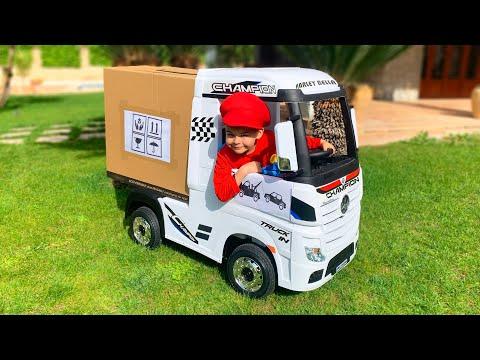 Дима и распаковка новой машинки для детей