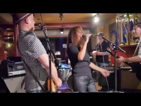 Snietsel + Friends   BB King Tribute 150821   06 Need Your Love So Bad