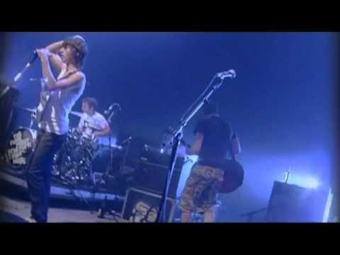 Arctic Monkeys - Cigarette Smoker Fiona live