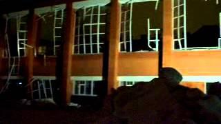 В г. Бронницы в СОШ №1 обвал кровли спортзала(, 2013-03-16T07:24:55.000Z)