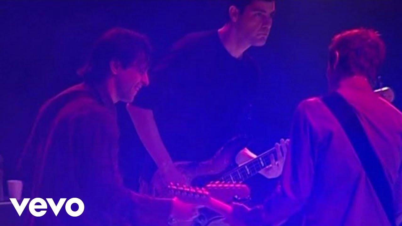 Duman - Bu Akşam (Live At Bostancı Gösteri Merkezi, İstanbul / 04 Ekim 2003 - Bu Akşam)