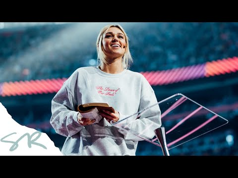 Does God Love Me? | Sadie Robertson Preaching - Passion 2020