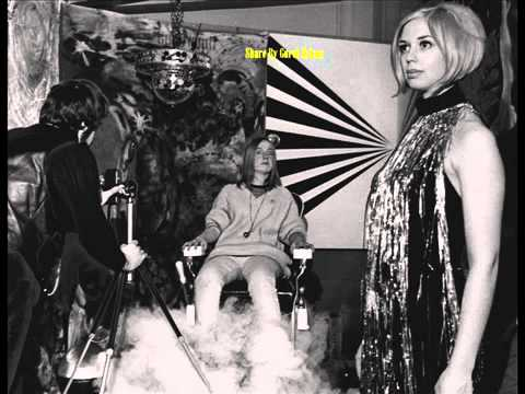 1960's HIPPIES ORIENT PSYCHEDELIC ROCK BAND TRIP - YouTube