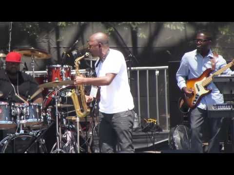 Mike Phillips performs When It Comes to Lovin' Me LIVE