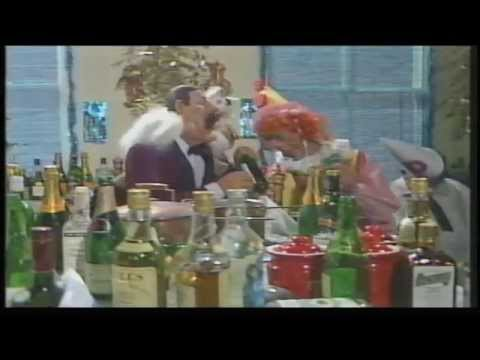 Spitting Image Christmas 1987 (including YTV Ads & Continuity)