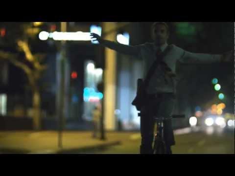 Nickelback - Lullaby (Video)