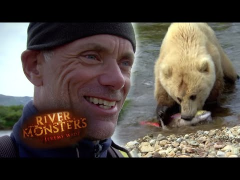Grizzly Bear Steals Fish From The End Of Jeremy's Fishing Line!  | GRIZZLY BEAR | River Monsters