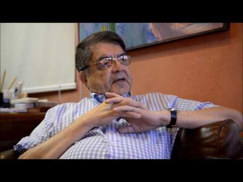 Sergio Ramírez presenta su libro A la Mesa con Rubén Darío