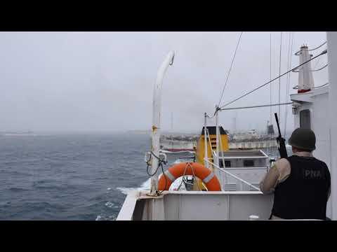 Espectacular persecución en el Mar Argentino