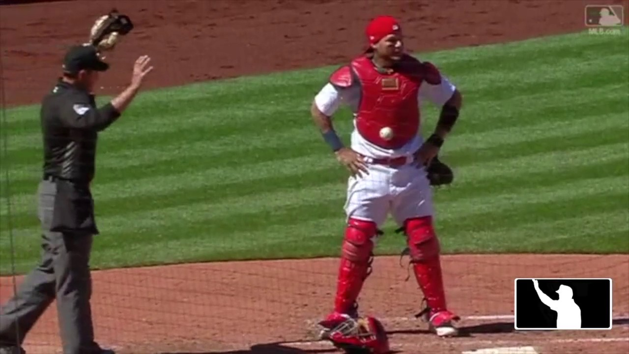 Case Play 2017-1: A Baseball Made of Velcro (Ball Stuck to Chest Protector)