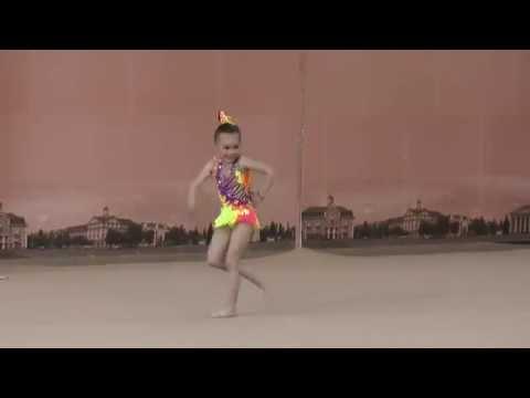 Показательные Головач Марія Весняні ластівки 2016 Художественная гимнастика дети 5 лет