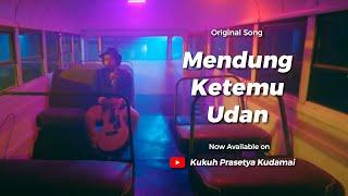Download Kudamai Mendung Ketemu Udan (Official Music Video) Mendung Tanpo Udan 3