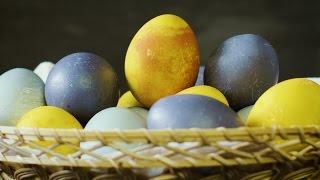 Påskägg – så färgar du ägg   Arla Köket