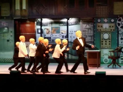 De Gelaarsde Poes - Agent 000 - Ro Theater