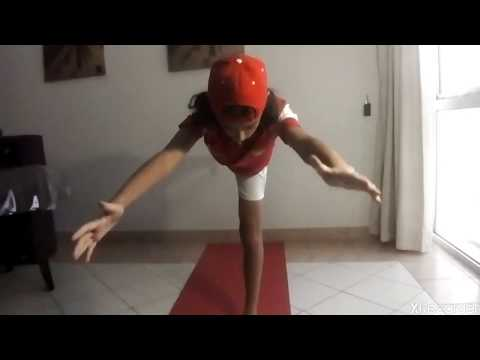 """Teenage G'nam doing Yoga during Covid-19 """"confinement"""" at home in Doha, 04-2020"""