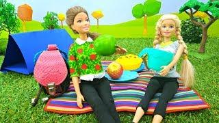 Барби и Тереза идут в поход. Игры для девочек с куклами