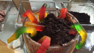Worm Chocolate Ice-cream - Helado de chocolate con gusanos
