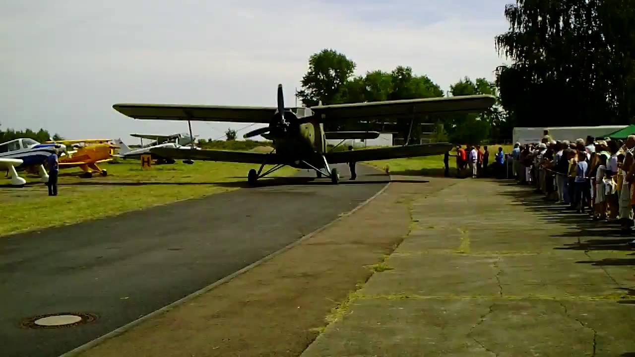 GREAT Antonov AN-2 - world biggest single-engine bipl