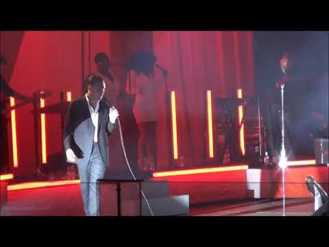 Hurts - Miracle (Live in Novosibirsk 2017...