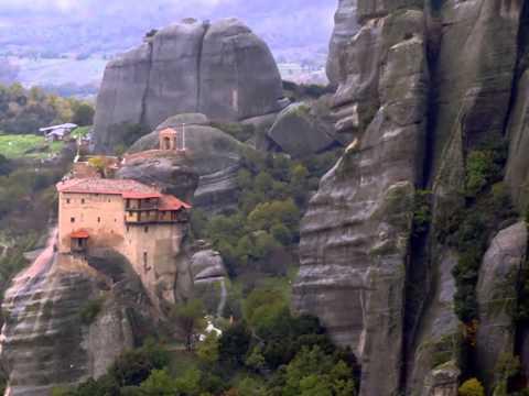 Los Monasterios de Meteora - Tesoros Arquitéctonicos