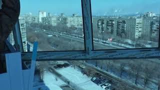видео Остекление балкона: проверено временем
