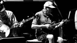 Bluegrass Roots ~ THE OCOEE PARKING LOT BLUEGRASS JAM