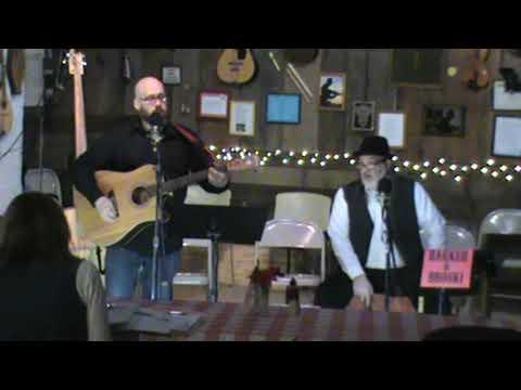 I'm Upside Down 'the possum song' at Bob's 2 9 20Kaynak: YouTube · Süre: 3 dakika45 saniye