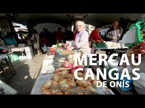 vídeo sobre A sunday market in Cangas of Onís