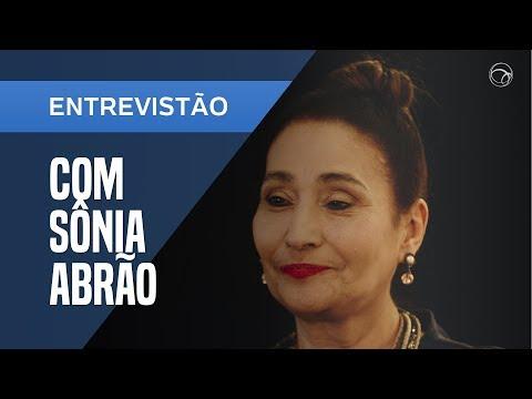 """SONIA ABRÃO REBATE FAMA POR MORTES: """"VIREI COVEIRA POR SER MULHER"""""""