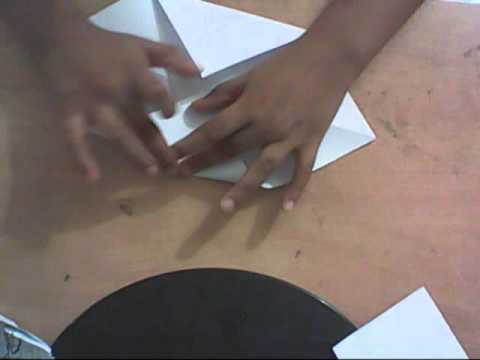how to make a simple paper sailboat