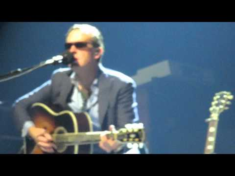 Different Shades Of Blue (Acoustic) - Joe Bonamassa - Fort Wayne 2014