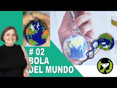 Llavero amigurumi con LA BOLA DEL MUNDO tejida a crochet 02