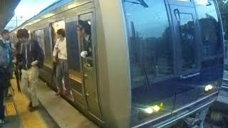 JR宝塚線 北伊丹駅1番ホームに321系普通列車が到着&発車