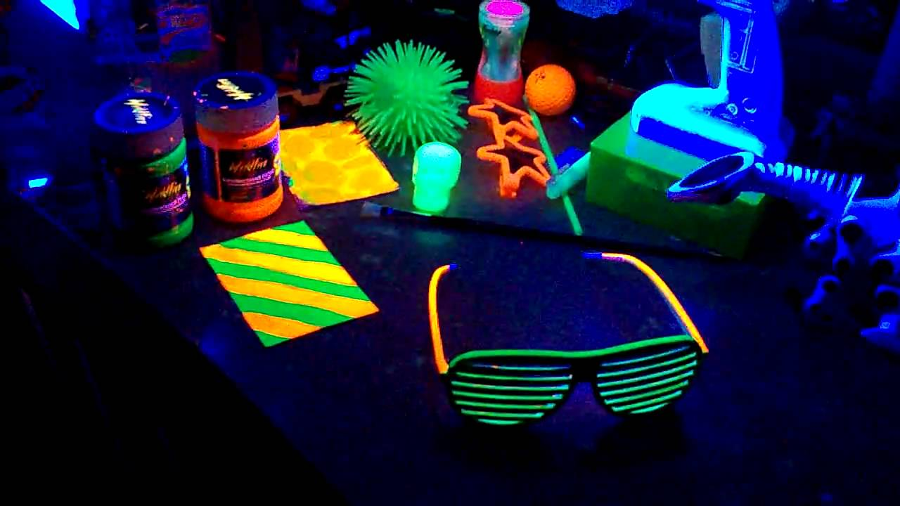 Nice Black Light Bedroom Ideas Part - 11: D-manu0027s Blacklight Room - YouTube