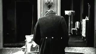 Chaplin in The Idle Class - Cry parody