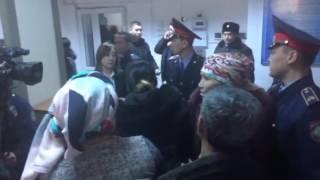 Дело Жибек Мусиновой: Родственники осужденных вновь устроили беспорядки в суде